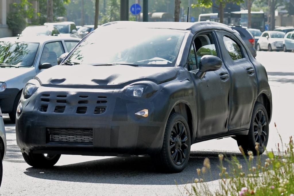 Erwischt: Erlkönig Fiat 500 X (2015)