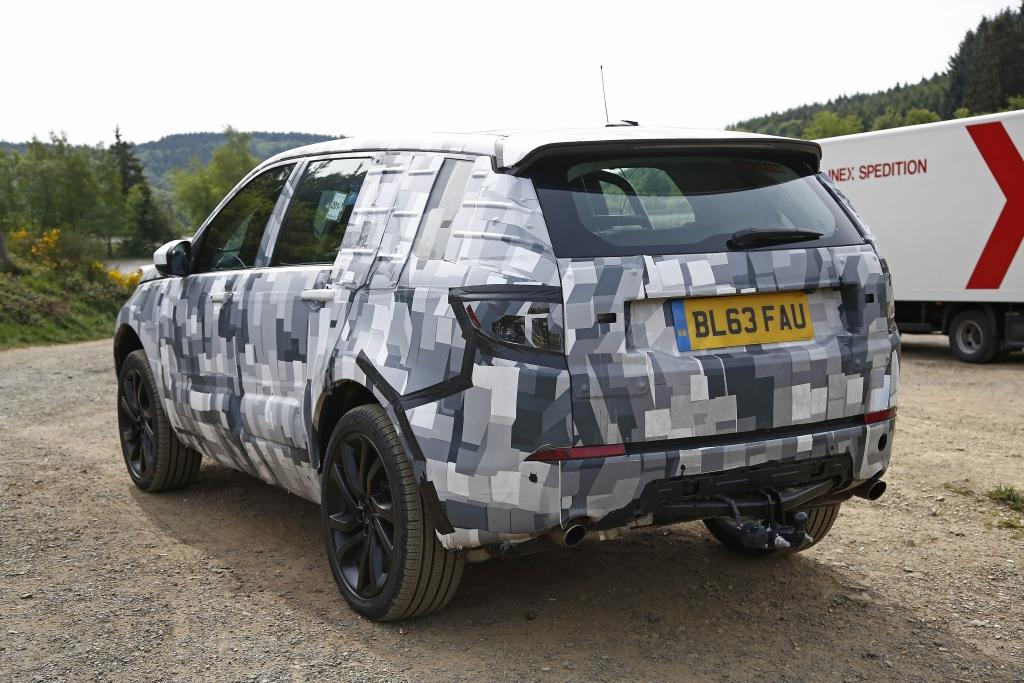 Erwischt: Erlkönig Land Rover Discovery Sport (2015)
