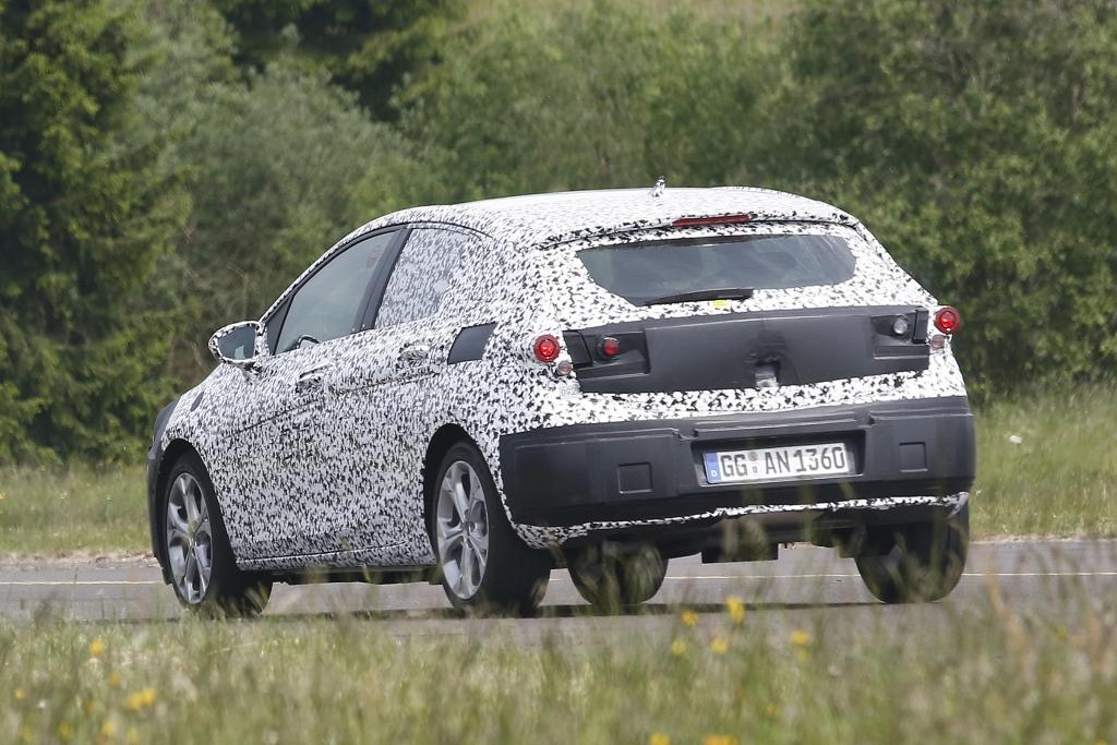 Erwischt: Erlkönig Opel Astra K (2015) - Neuer Angriff auf die Kompaktkrone