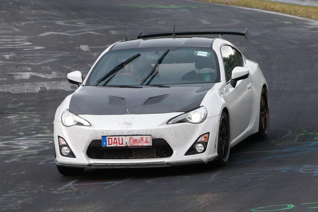 Erwischt: Erlkönig Toyota GT86 Turbo