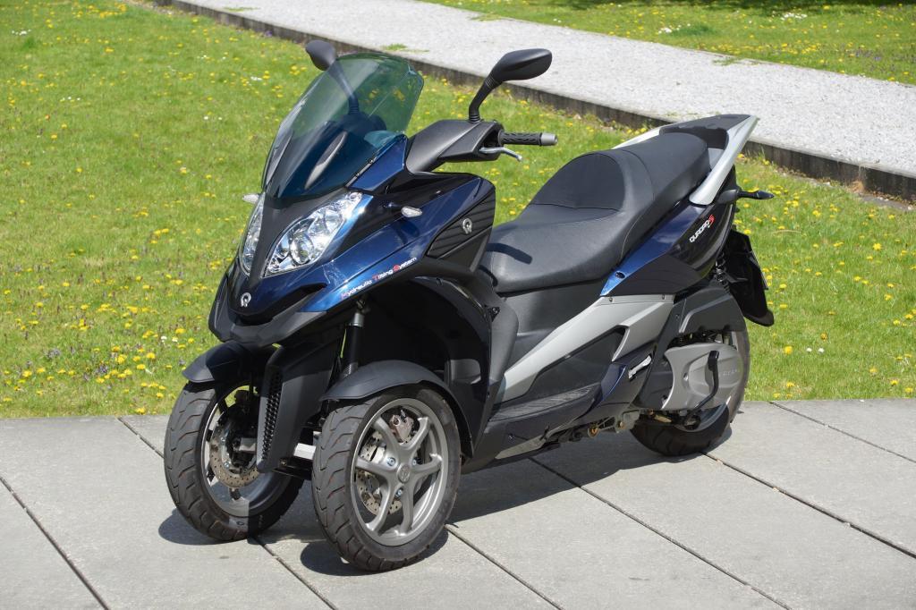 Ex-Monopolist Piaggio bekommt immer mehr Konkurrenz vom jungen Dreirad-Hersteller Quadro.