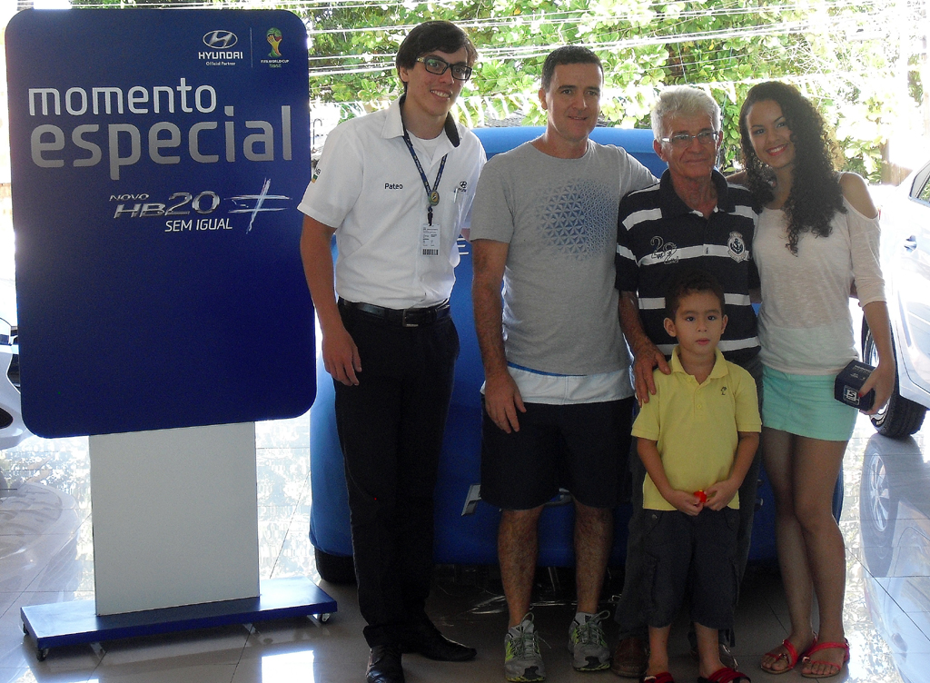 Für Familie Fernandes aus Recife ist der Kauf eines neuen Hyundai ein besonderer Moment.
