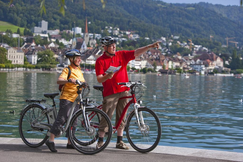 Für viele Vertreter der Generation 60plus ist ein Sonntag ohne Ausflug auf einem sportlichen Rennrad undenkbar.