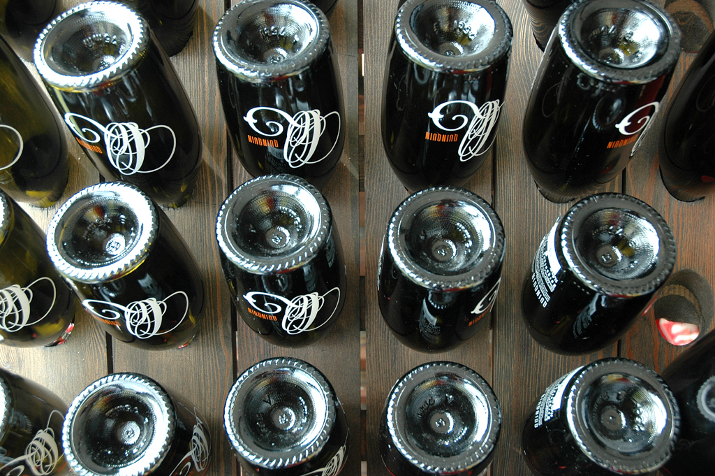 Flaschengärung in der Esterhazy-Kellerei.