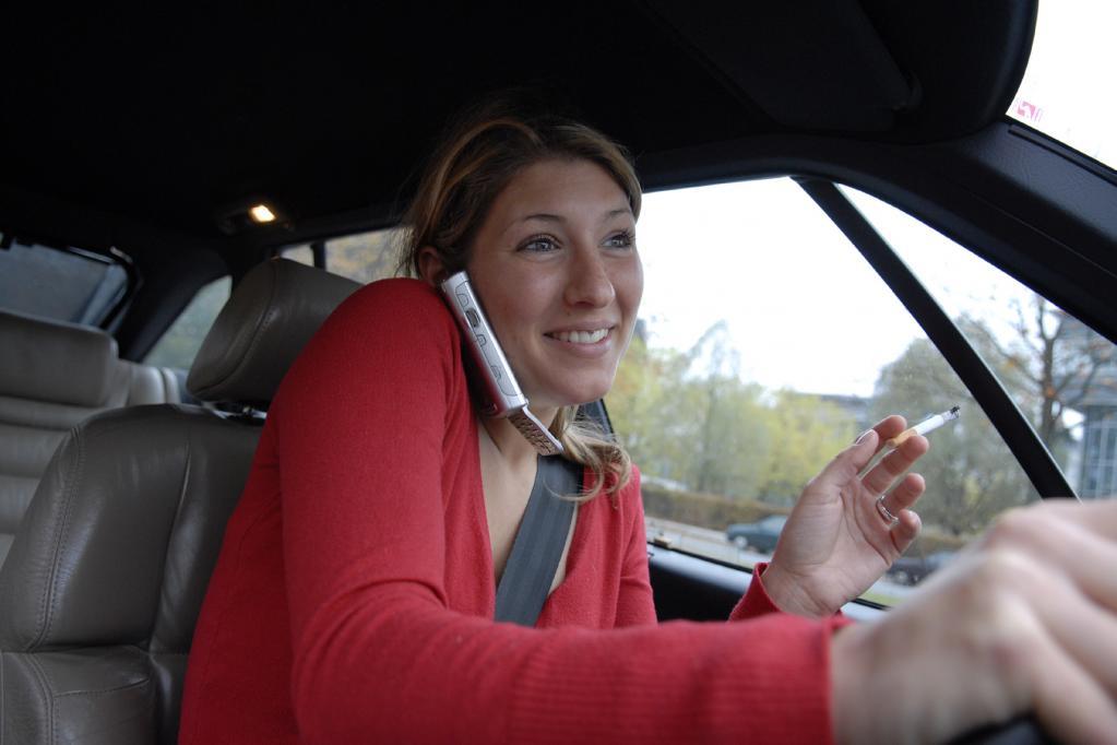 Handy-Sünder im Auto auf dem Rückzug