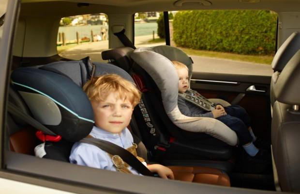 Hitzestau im parkenden Auto - Gefahr für Kind und Tier