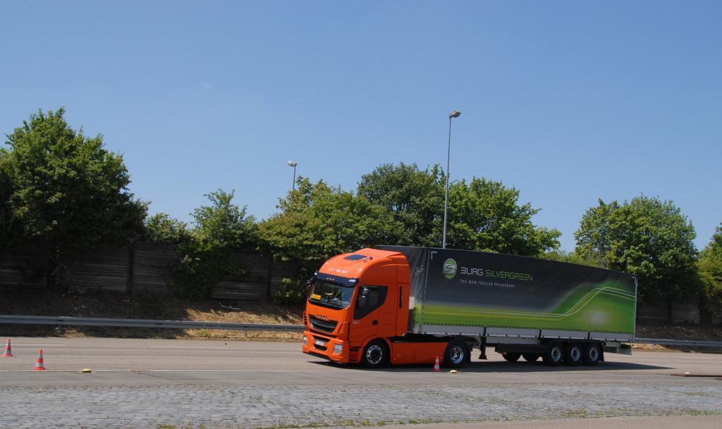 In Ulm entwickelt, global verkauft: Schwere Nutzfahrzeuge von Iveco