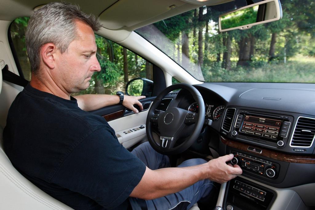 Jetzt kommt die heiße Jahreszeit und froh ist, wer eine Klimaanlage im Auto hat.