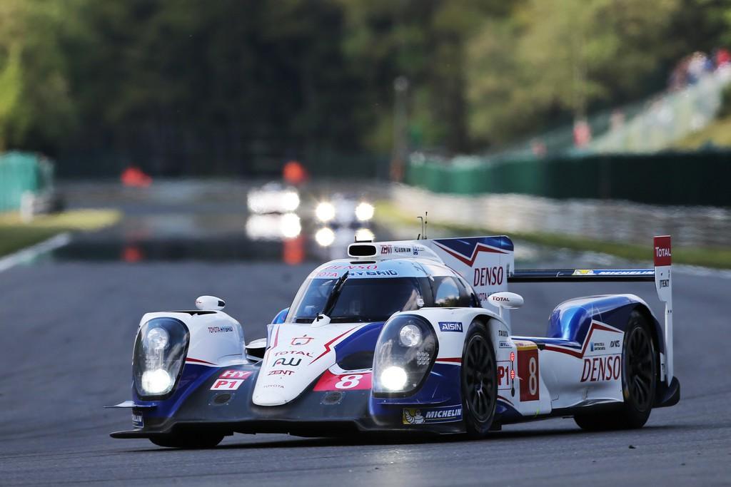 Le Mans: Toyota reist als Spitzenreiter an