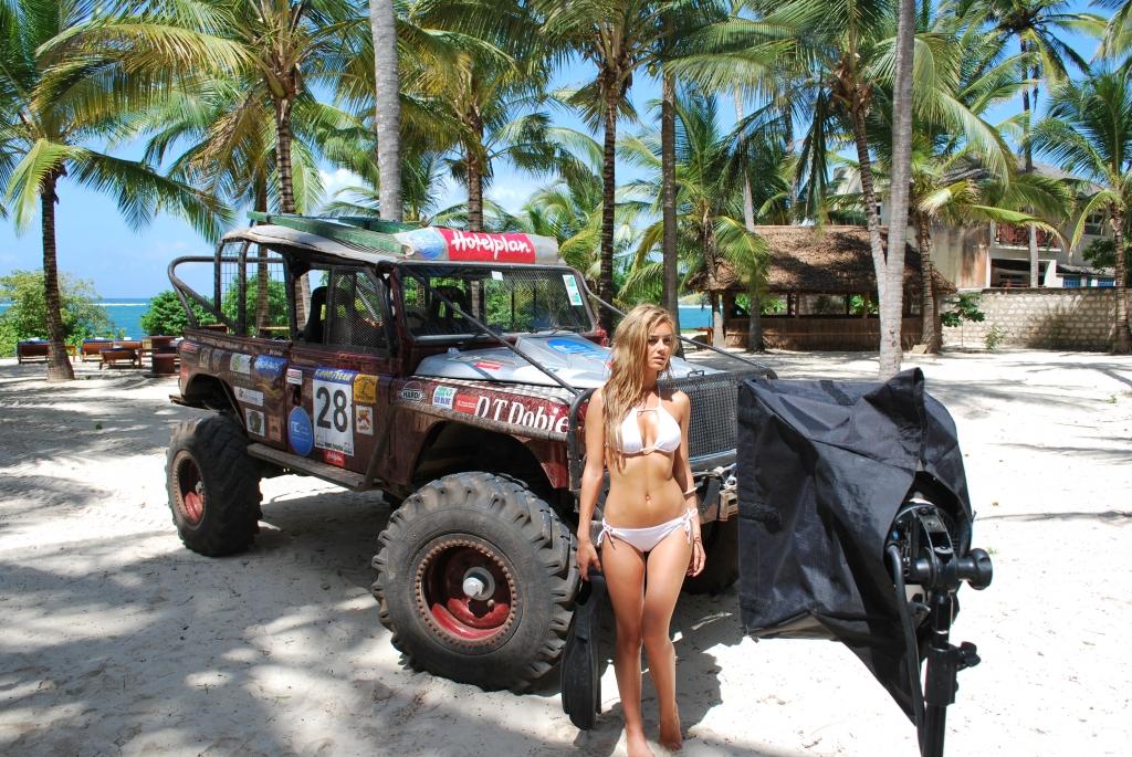 Miss Tuning auf Foto-Safari in Kenia - Kalendershooting mit afrikanischem Flair