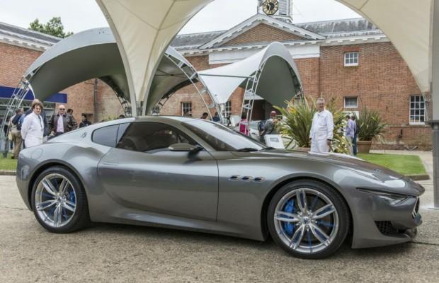 Neues Maserati-Coupé Alfieri führt Jubiläums-Flotte an