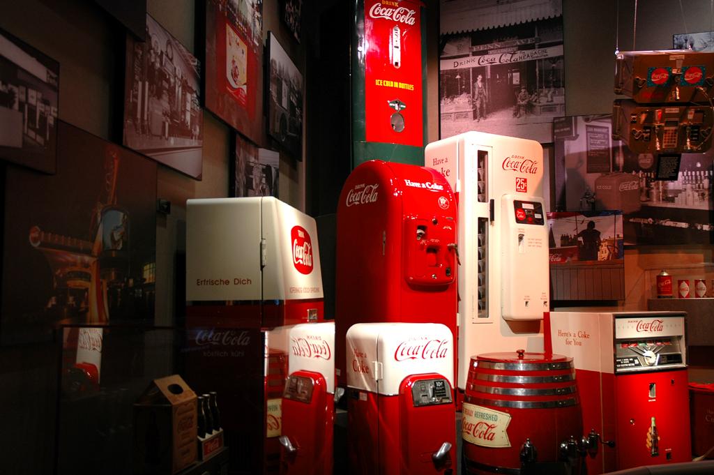 Nostalgie: Coca-Cola-Automaten, ...