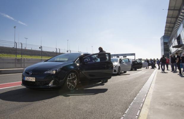 Oschersleben 2014: 60 000 Opel-Fans huldigen ihrer Marke