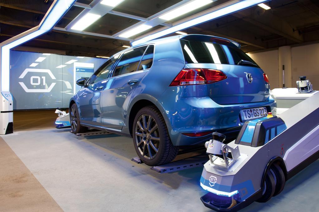 Park-Roboter am Düsseldorfer Flughafen: Einmal einparken bitte!