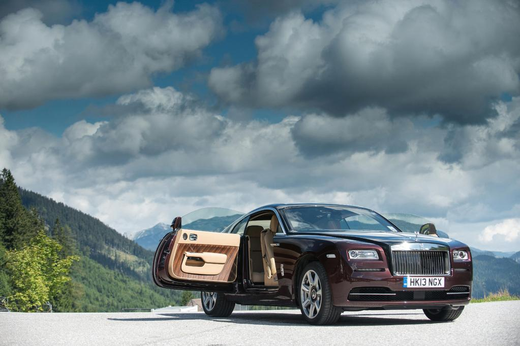 Rolls-Royce: Emily in Top-Form