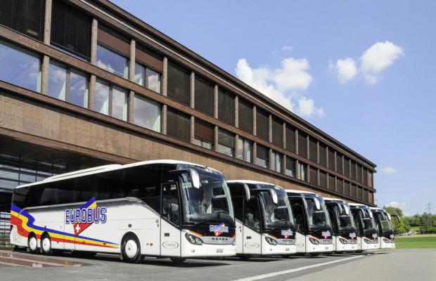 Schweizer Reiseunternehmen übernimmt sechs Setra S 516 HD