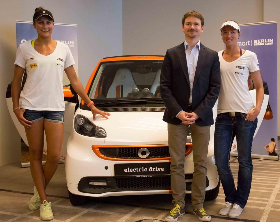 Smart holt Beach-Volleyballer nach Berlin