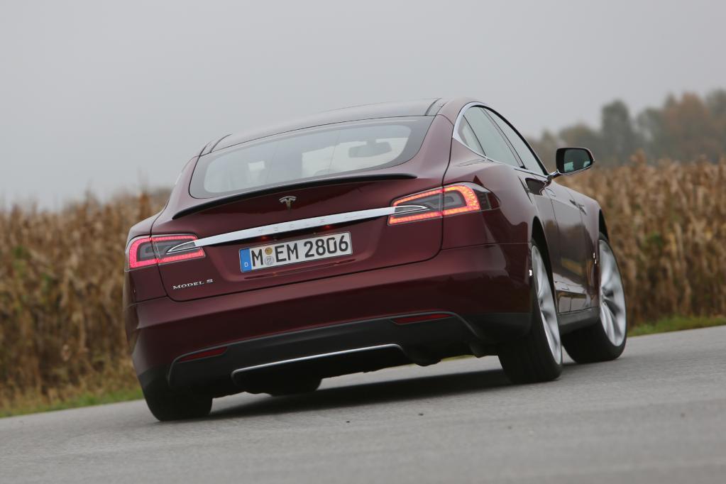 Tesla fährt auf Expansions-Kurs