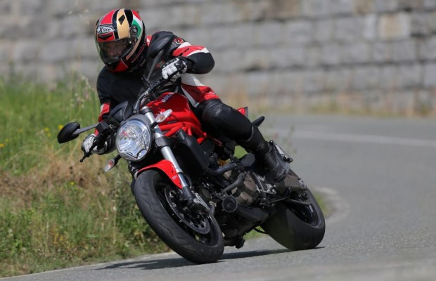 Test Ducati Monster 821 - Bella macchina