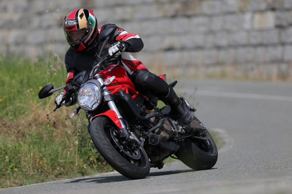 Test Ducati Monster 821 - Bella macchina