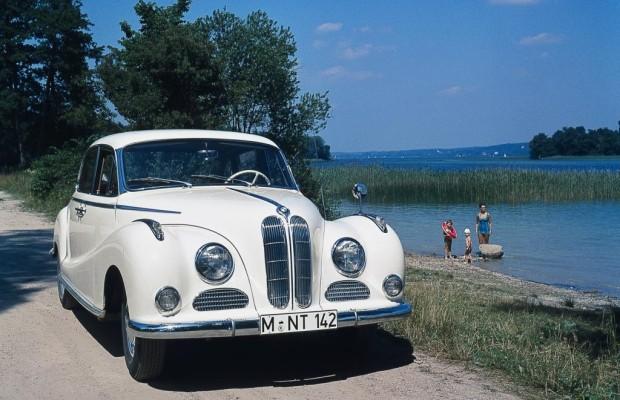 Tradition: 60 Jahre BMW 502 V8 - Pfeifton für freie Fahrt