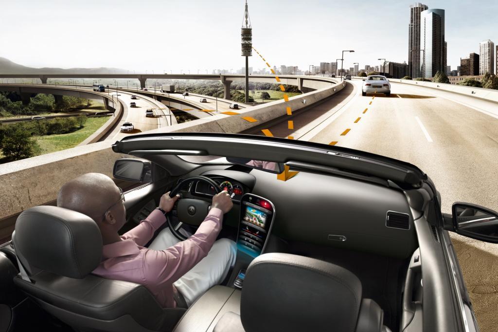 Umfrage zu Car-2-X-Technik - Intelligente Autos lassen Unfallzahlen sinken