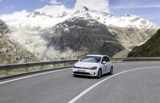 VW Golf siegt bei E-Rallye