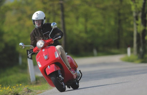Vespa GTS 300 Super ABS/ASR: Evolution in der Vespa-Welt