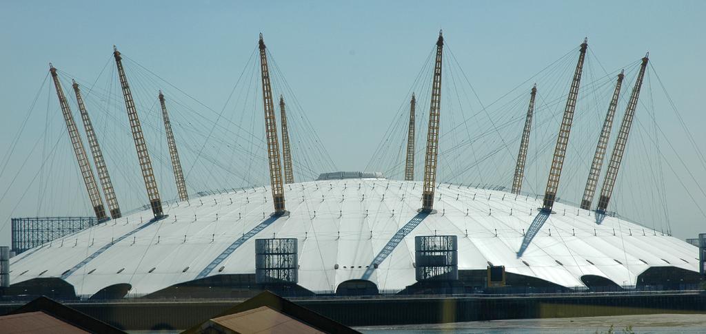 Wie ein außerirdisches Flugobjekt aus dem All: Millennium Dome.