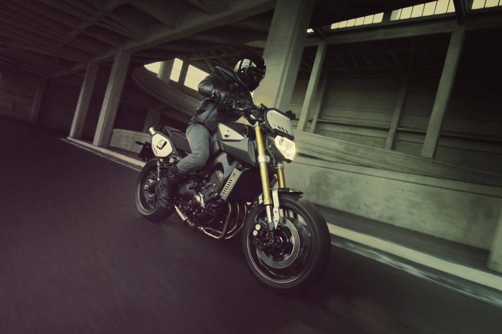 Yamaha MT-09 Street-Tracker