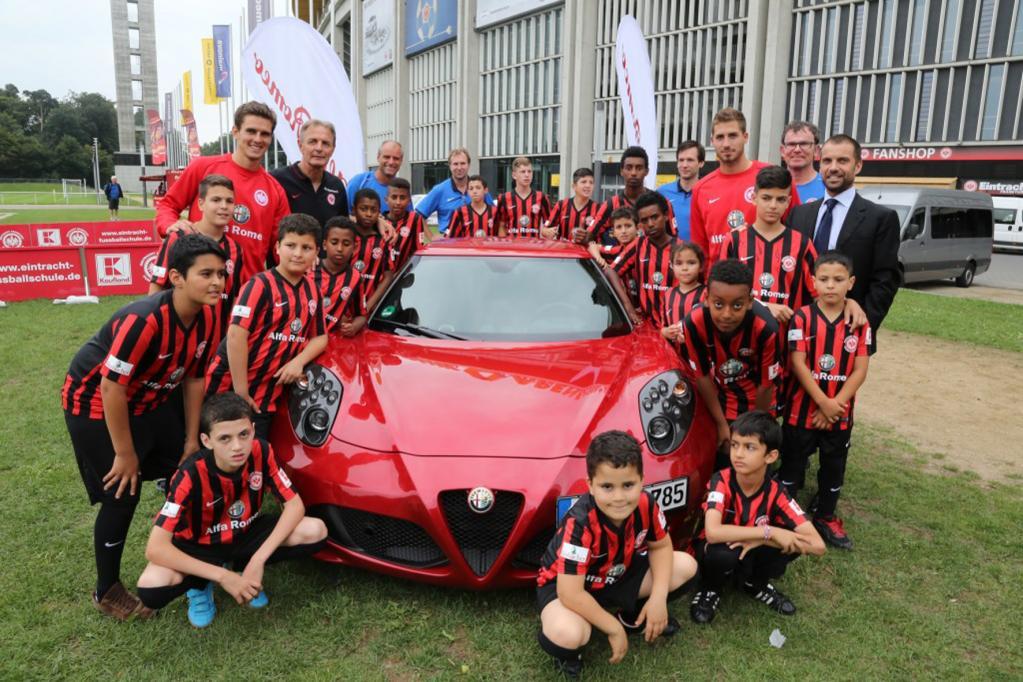 Alfa Romeo in der Fuball-Schule