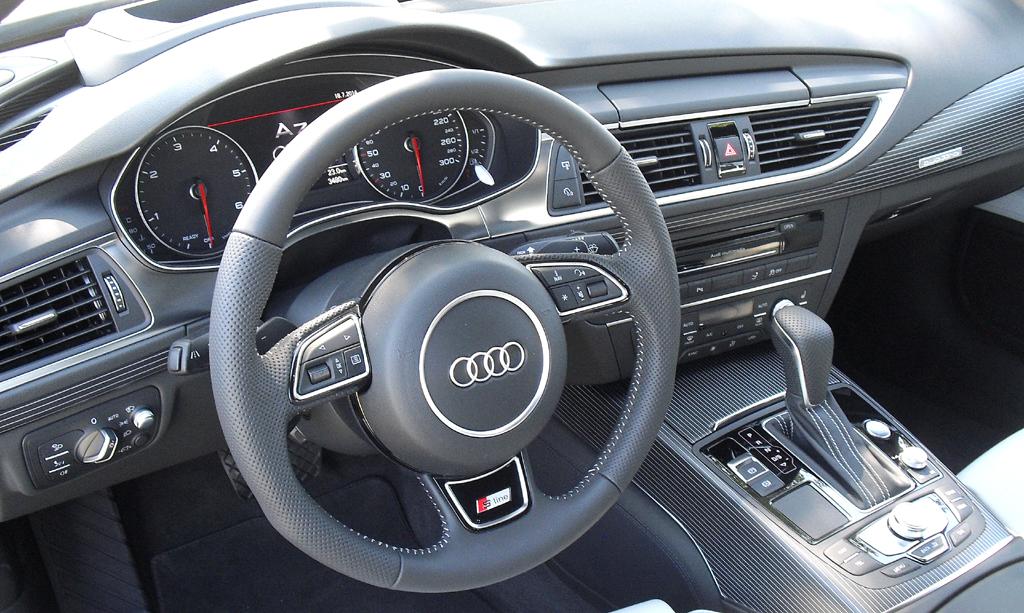 Audi A7 Sportback: Blick ins sportlich-funktionelle Cockpit.