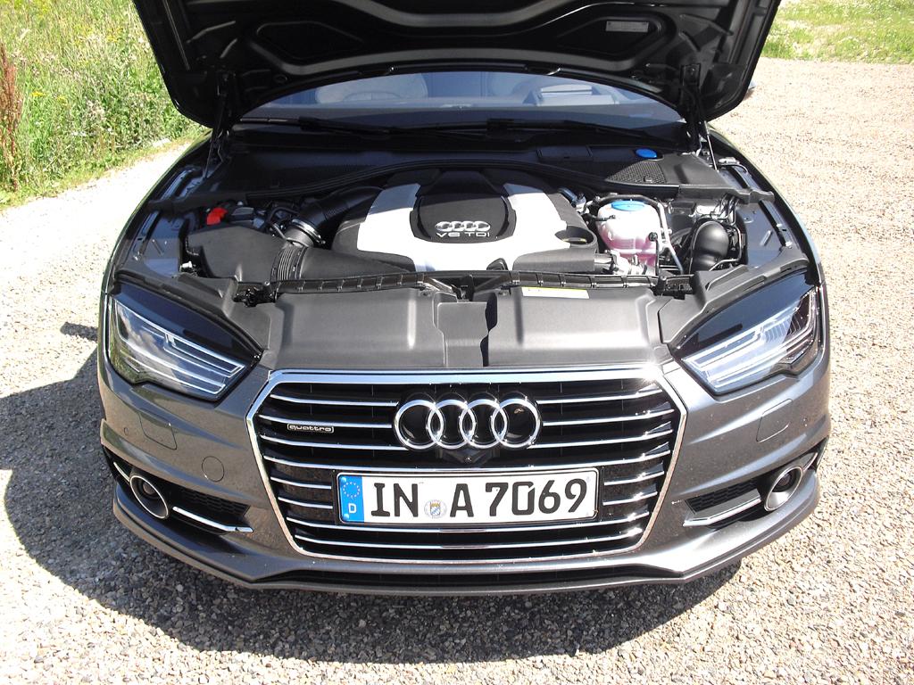 Audi A7 Sportback: Blick unter die Haube, hier bei einem der drei Diesel.