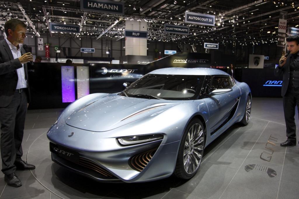 Bei seinem ersten Auftritt auf dem Genfer Automobilsalon parkte die Elektro-Sportlimousine Quant-e in nächster Nähe zu Tesla