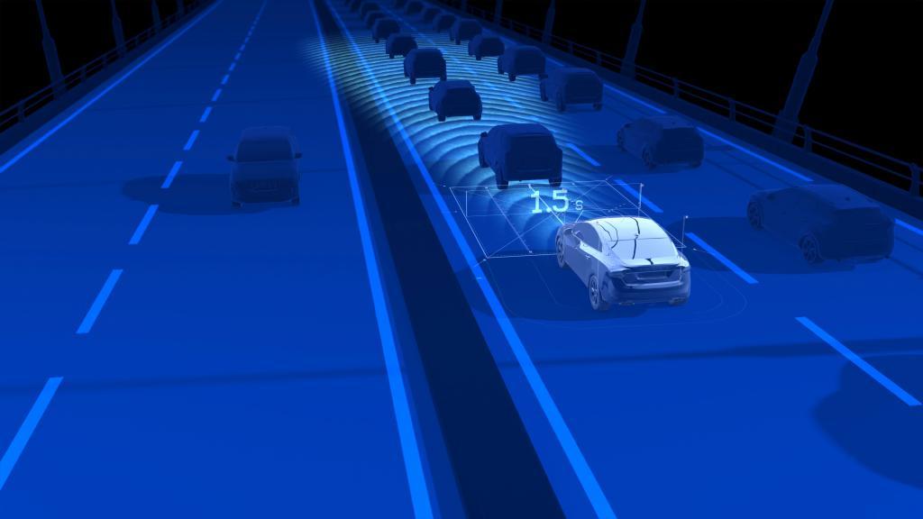 Beim optionalen Stau-Assistent werden Gaspedal, Bremsen und Lenkung automatisch gesteuert