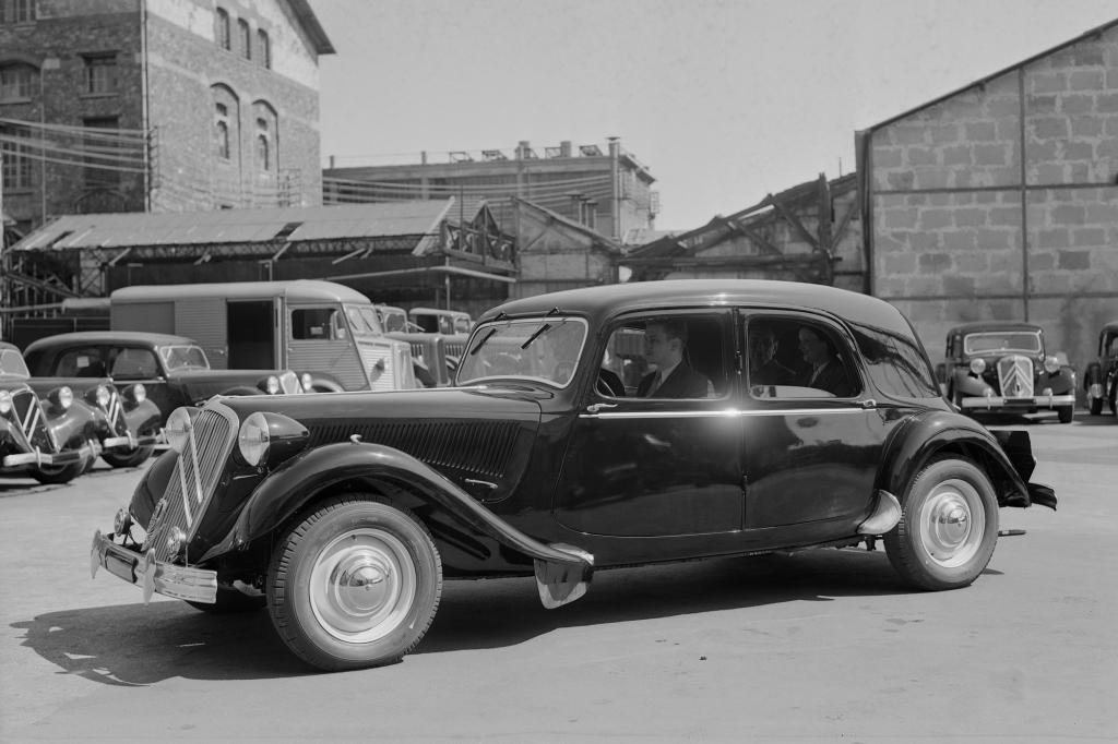 Citroen Traction Avant 15 Six 1951