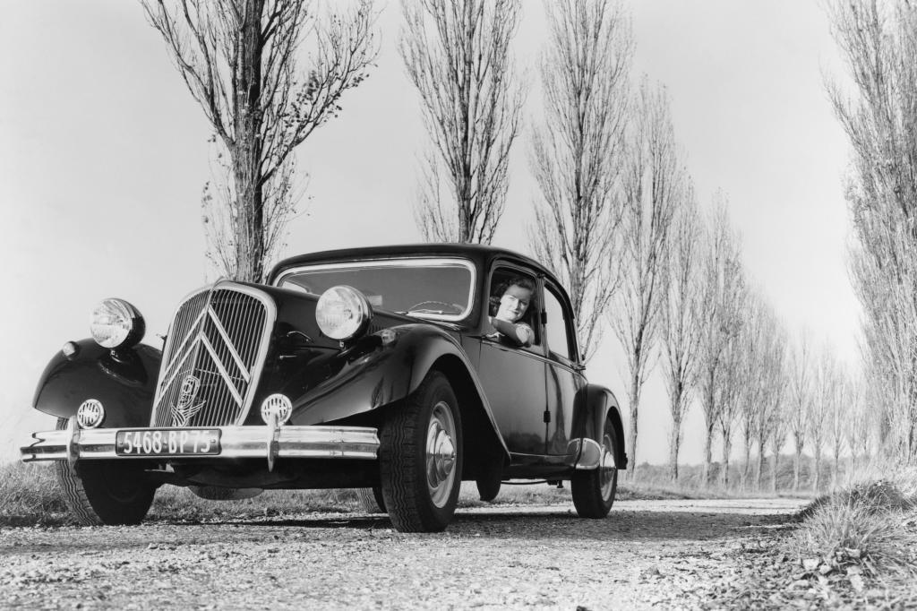 Citroen Traction Avant 15 Six