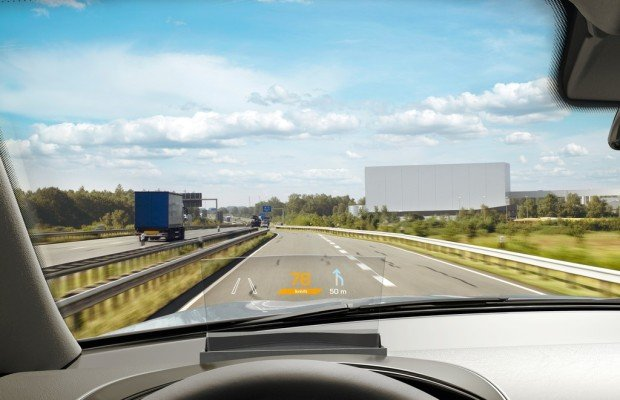 Continental stellt Combiner-Head-up-Display vor