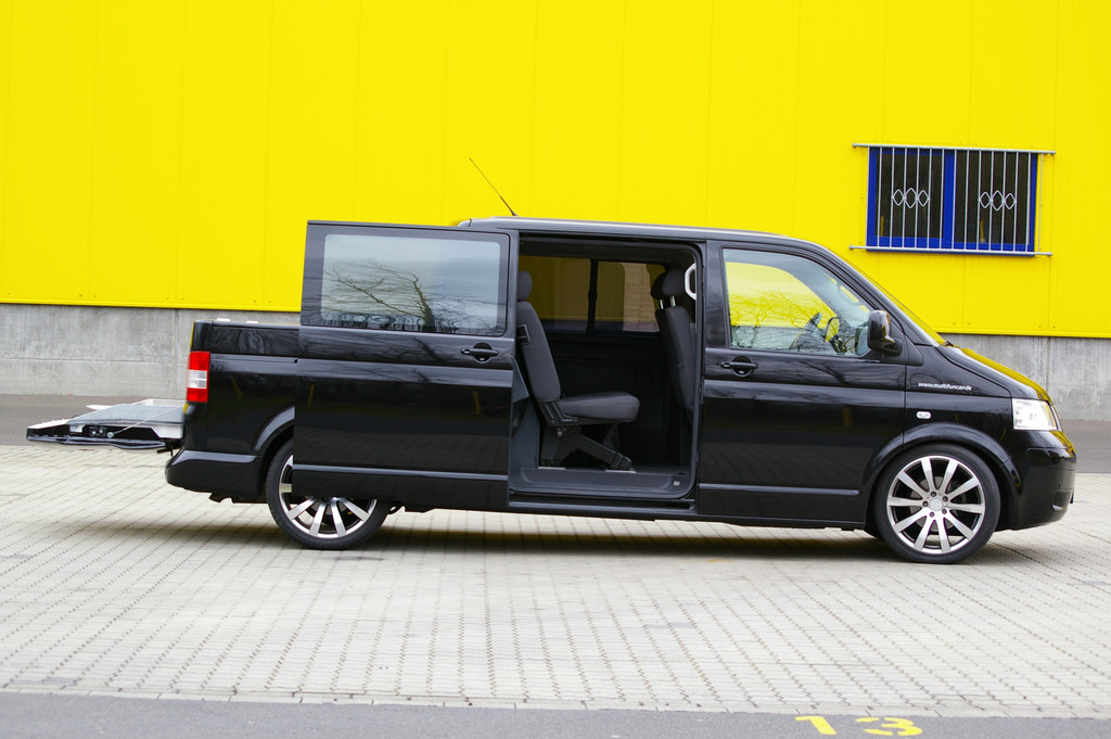Der VW T5 als Pick-up: Multifuncar von Stockel