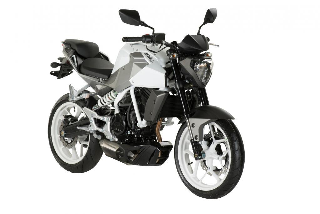 Die neue Hyosung GD 250i begnügt sich mit charaktervollem Einzylinder-Antrieb.