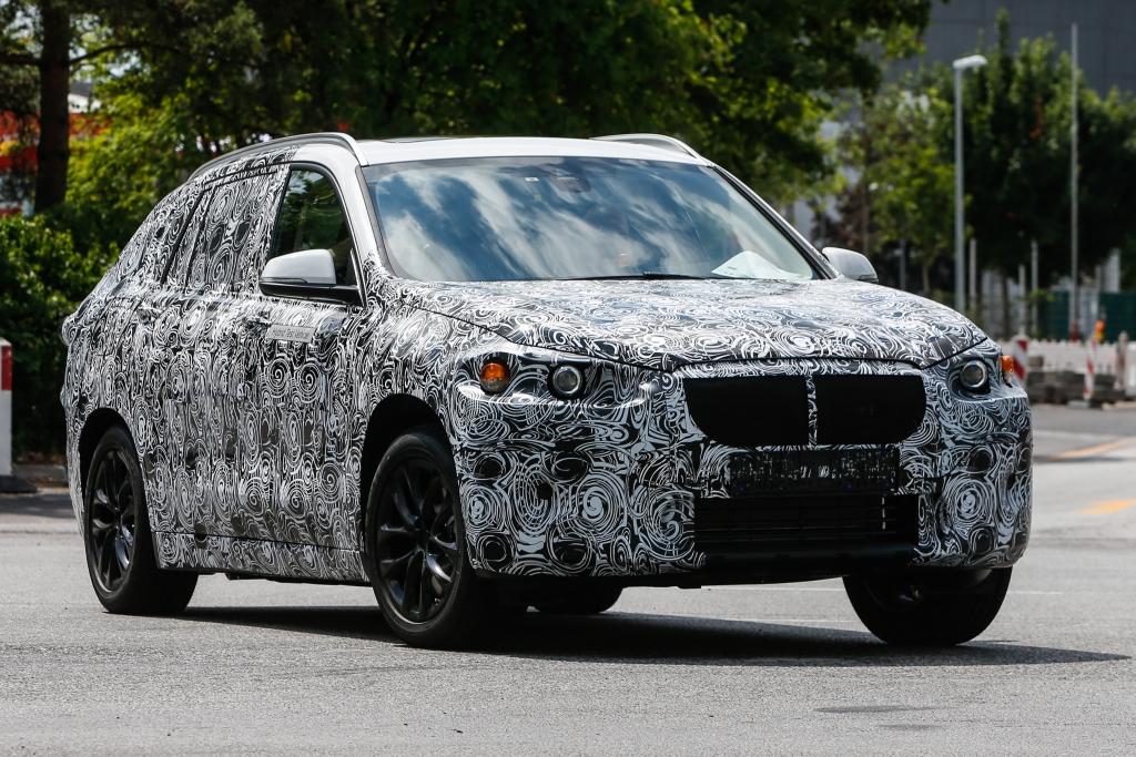 Erwischt: Erlkönig BMW FAST - BMW baut kompakten Crossover-Kombi