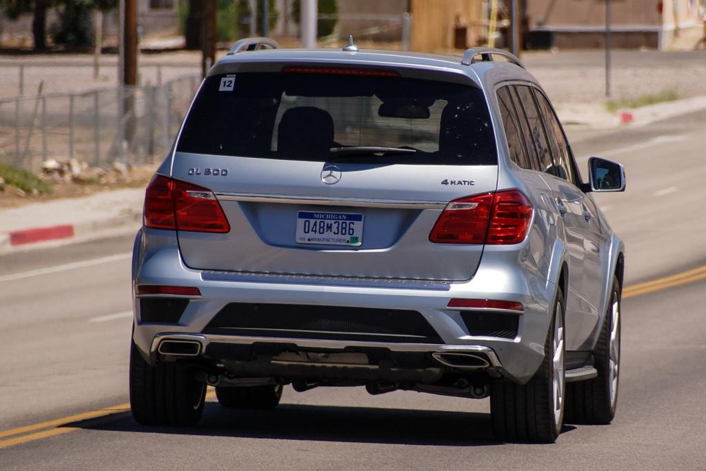 Erwischt: Erlkönig Mercedes GL Facelift