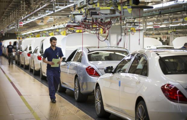Halbjahres-Rekord für Mercedes-Benz