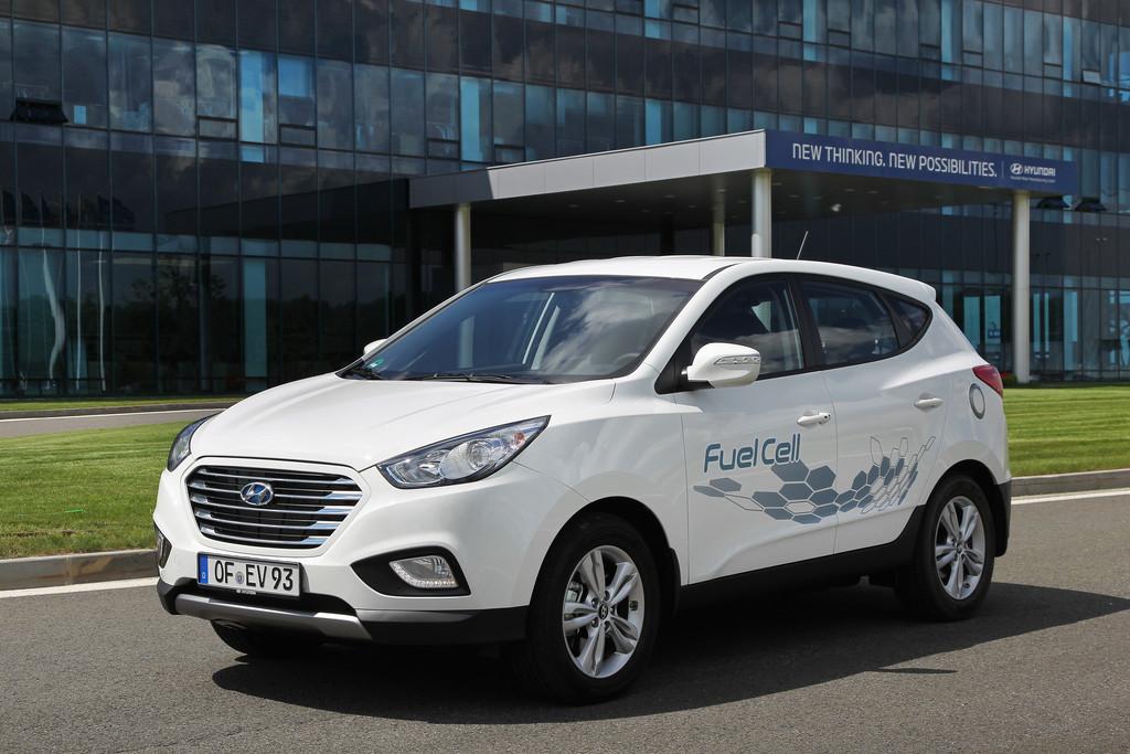 Hyundai ix35 Fuel Cell schafft 700 Kilometer