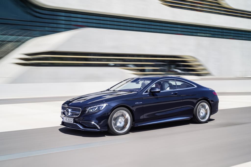 Im September schickt Mercedes sein neues Zwölfzylinder-Topmodell der S-Klasse Coupé-Modellreihe in den Handel.