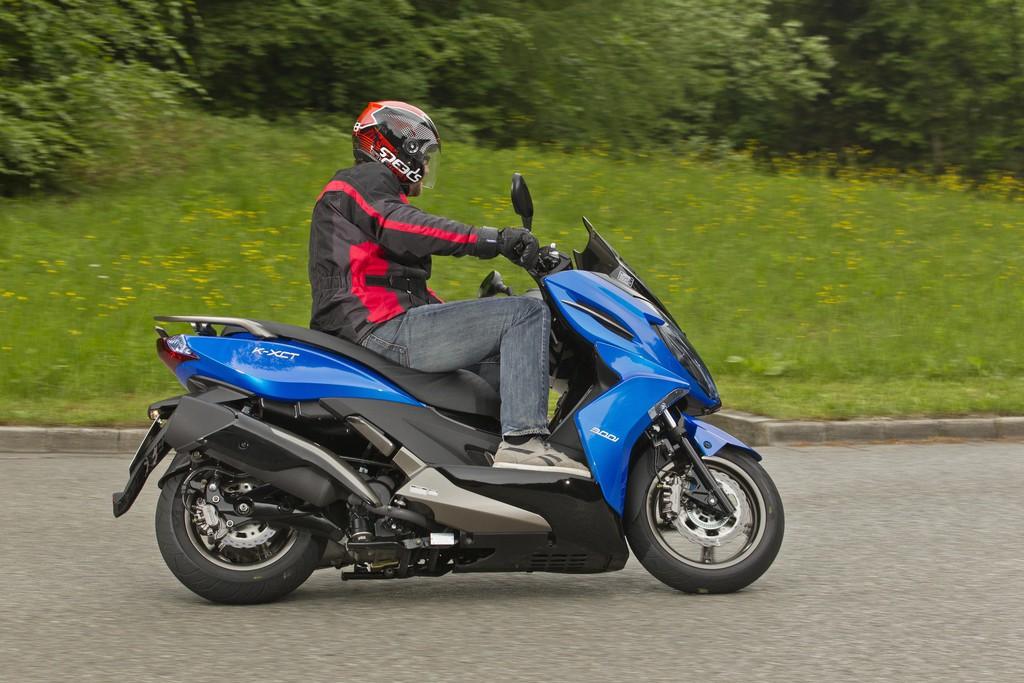 Kurztest Kymco K-XCT 300i: Starker Sprinter