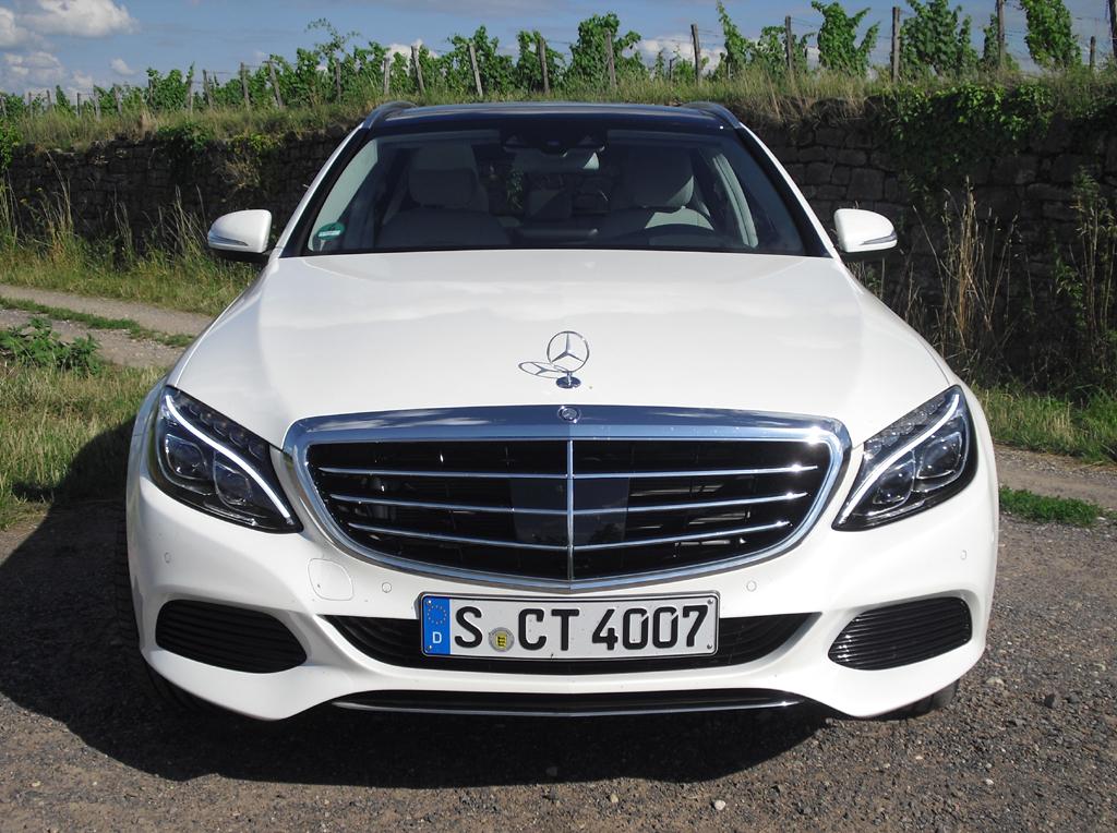 Mercedes C-Klasse T-Modell: Blick auf die Frontpartie.
