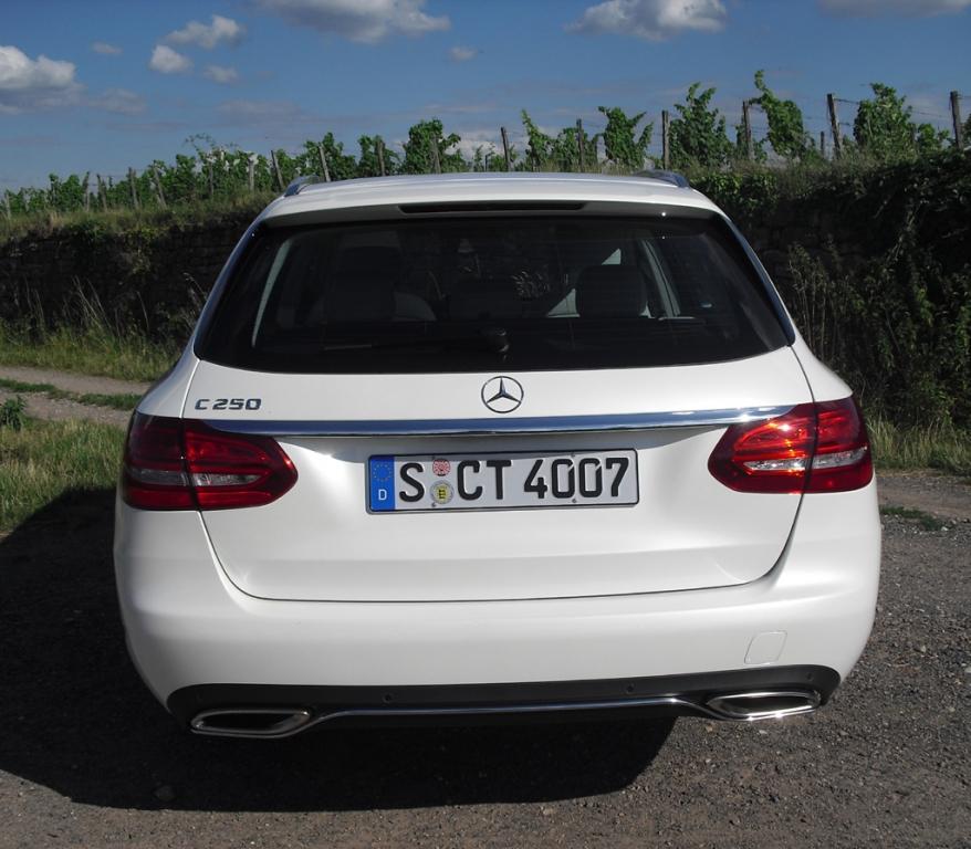 Mercedes C-Klasse T-Modell: Blick auf die Heckpartie.
