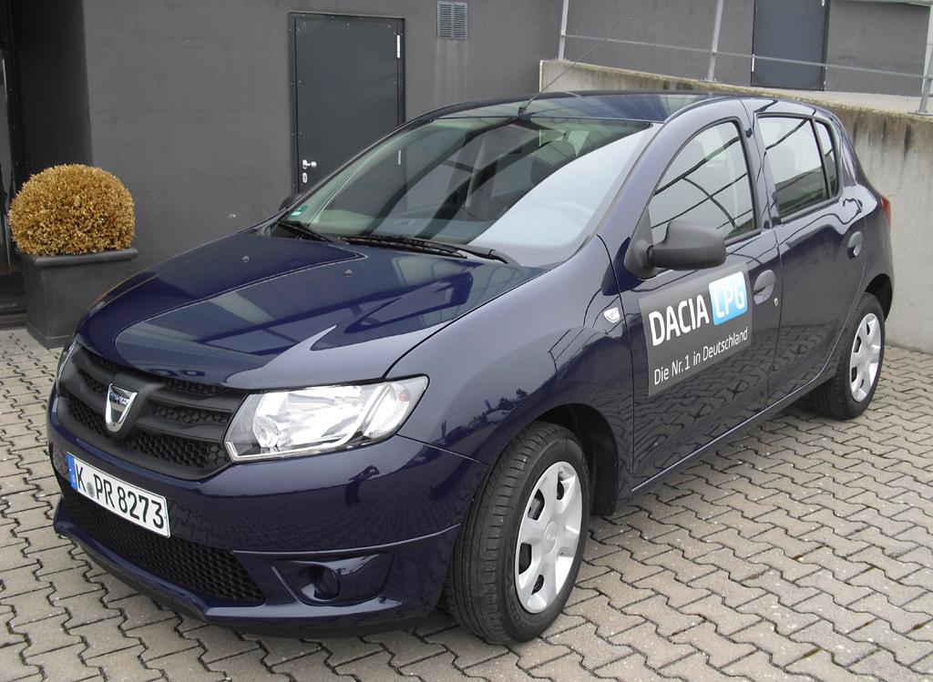Mit ihm fing alles an: Dacia Logan, hier schon die spter aufgehbschte Version