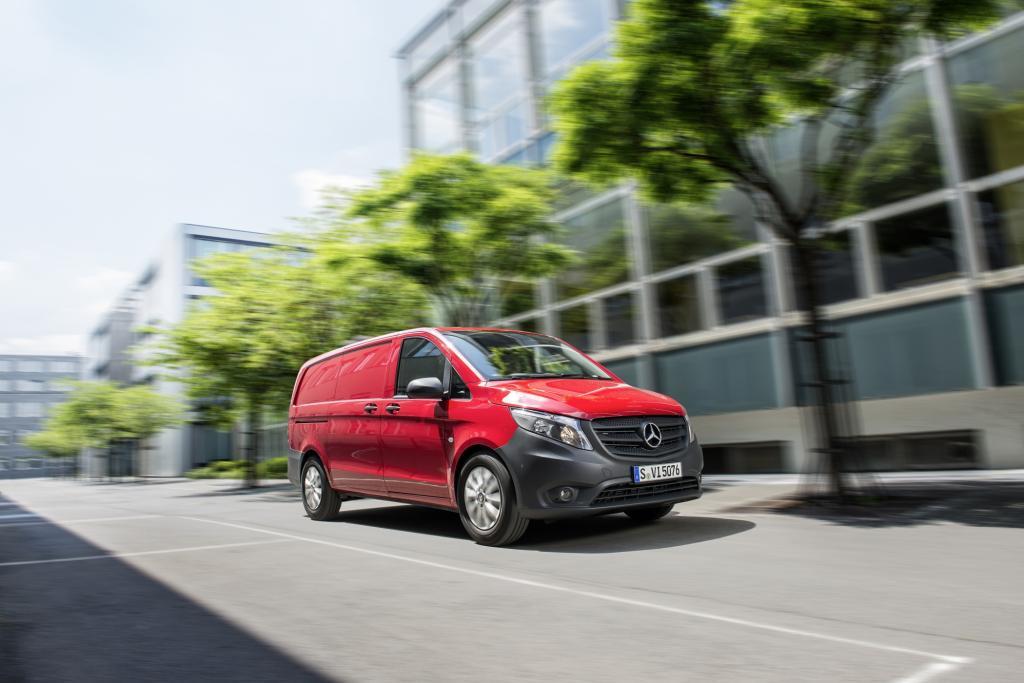 Nach der V-Klasse prsentiert Mercedes die Nutzfahrzeug-Version des Groraumkombis, den Vito